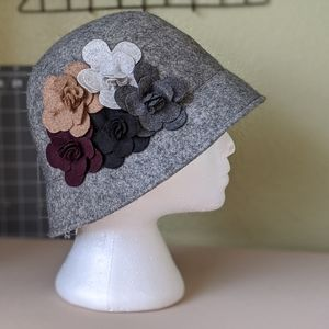 Accessories - Adorable Gray Wool Cloche Hat with Flowers